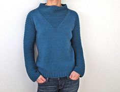 Space Girl by Heidi Kirrmaier ~ worsted 10ply ~ top down.  Personally I love the neck and body of this knit but would make the sleeves plain.  Also great as a vest on the Rav projects page