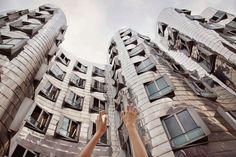 Arte y Arquitectura: Anna di Prospero,Rheinhafen, Frank Gehry, Düsseldorf / © Anna di Prospero