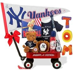 http://www.gotobaby.com/ – The NY Yankees Radio Flyer Wagon gift set at Go To Baby is unique for your baby boy and jam-packed with every baseball fan's essentials.