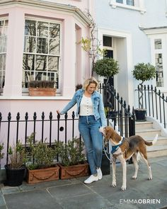 Portraits of London dogs and their owners photographed in stylish Chelsea.  #chelsea #dogmom #dogphotographer #dogphotography #rescuedog #pastelhouse #dogportrait #dogphotos