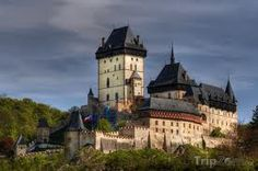 """90 % of travelers that want to go to the Czech Republic (in Czech: Česká republika) have a as a main target destination """"Prague"""". Gothic Castle, Medieval Castle, Monuments, Palaces, High Building, Château Fort, Castle Wall, Imperial Palace, Europe"""