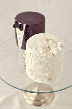 Mini Wedding Cakes for the Bride and Groom. I love this idea for the couples that really don't want a large cake. From Cake Central.