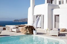 Mykonos: Twin Villas of Facing the Aegean Sea