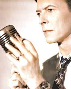 David Bowie Ziggy Stardust, Twiggy, David Bowie, Hard Rock, Comedians, Duke, Pop Art, The Man, Nerdy