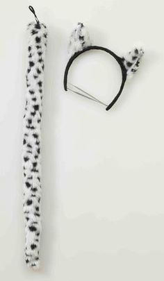 Complete or create a quick and easy Snow Leopard Costume with our Snow Leopard Costume Kit, an ideal costume kit for a Snow Leopard Halloween Costume. Our Snow Leopard costume Kit includes, black and white striped headband with ears and tail. Additional Wild Animal style costumes and accessories are available and sold separately.