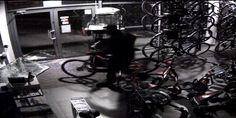 UWAGA - ZŁODZIEJE!!! W nocy z piątku na sobotę (3-4 czerwca br.) – ok. godziny 2:20 złodzieje włamali się do siedziby naszej firmy w Mikołowie. Ich łupem padł wyczynowy rower górski BMC fourstroke 01 XX1 (wartość 33 tys. zł) oraz trzy rowery górskie z asystą elektryczną Kreidler Las Vegas (każdy o wartości ok. 15-18 tys. zł).Osoby mające informacje nt. kradzieży proszone są o kontakt z KPP w Mikołowie (ul. Rymera 1, Mikołów – nr tel. 32 737 72 55). Więcej: bit.ly/1sw45ib