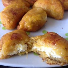 16 Delicious Plantain Recipes That Will Make Your Life Better Plantain Recipes, Banana Recipes, Vegan Recipes, Cooking Recipes, Plantain Fritters, Boricua Recipes, Puerto Rico Food, Cuban Cuisine, Fall Dinner Recipes