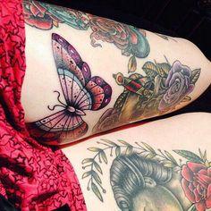 http://www.tattooeasily.com/wp-content/uploads/2014/06/33-thigh-tattoos.jpg