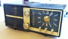 Vintage 1956 Art Deco Motorola 67-C Golden by VINTAGERADIOSONLINE