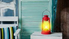 Ο πιο απλός τρόπος για να καθαρίσετε τις ράγες της μπαλκονόπορτας. Fire Extinguisher, Lighting, Home Decor, Decoration Home, Light Fixtures, Room Decor, Lights, Interior Design
