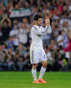 Isco of Real Madrid CF applauds on being substituted during the La Liga match between Real Madrid CF and FC Barcelona at Estadio Santiago Bernabeu on October 25, 2014 in Madrid, Spain.