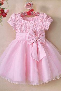 Cotton Frocks For Kids, Frocks For Girls, Girls Party Dress, Little Girl Dresses, Girls Frock Design, Baby Dress Design, Baby Girl Dress Patterns, Baby Frocks Designs, Kids Frocks Design
