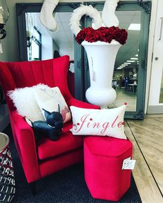 Red vibes 🙌 #cosyroom #armchair #velvet #red #festive #homedecor #luxuryhomes #newbuildhome Cosy Room, Living Room Decor Inspiration, New Builds, Luxury Homes, Festive, Armchair, Velvet, Throw Pillows, Bed