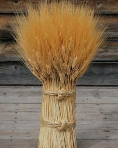 How to make decorative wheat bundles for country stile homes