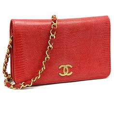 Chanel - gold metal chain shoulder bag Red Lizard ❤ liked on Polyvore featuring bags, handbags, shoulder bags, chanel, chanel bags, borse, purses, shoulder handbags, chain handle handbags and purse shoulder bag