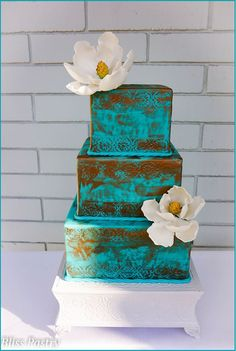 Unique Wedding Cake Inspiration. To see more: http://www.modwedding.com/2014/07/04/unique-wedding-cake-inspiration/ #wedding #weddings #wedding_cake Featured Wedding Cake: Bliss Pastry