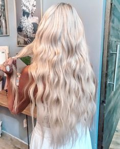 Shop our online store for blonde hair wigs for women.Best Lace Frontal Hair Blonde Wigs Blonde Hair Spray From Our Wigs Shops,Buy The Wig Now With Big Discount. Blonde Hair Spray, White Blonde Hair, Blonde Hair Looks, Platinum Blonde Hair, Dyed Hair, Ash Blonde, Platinum Hair Extensions, Brown Hair, Light Blonde Hair