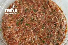Lahmacun (Super Beyond Delicious) Recipe - Eat Recipes Meat Recipes, Cooking Recipes, Turkish Recipes, Ethnic Recipes, Pizza Pastry, Minced Meat Recipe, Quick Meals, Food To Make, Brunch