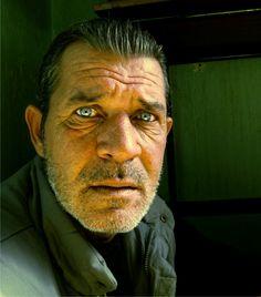Ένα στιγμιότυπο, σ' ένα φτωχό όσο και φτηνό - οικονομικά - ουζερί του Αιτωλικού. Ο Νάσος της φωτογραφίας είναι ένα ψαράς, φίλος