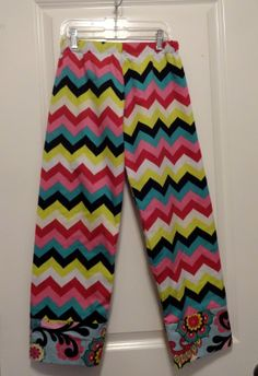 How to make pajama pants in 30 minutes.  Great starter sewing project.