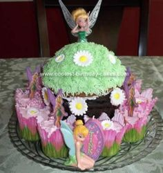 Homemade Tinker Bell Cake: This Tinker Bell Cake is a great cake for novice cake makers (like me). My daughter decided she wanted a Tinker Bell theme, so I checked out this website