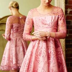 A dress I would love to make in purple if I can figure out how to print this free pattern I have downloaded.