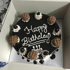 Happy Birthday Chocolate Cake, Happy Birthday Cake Images, Birthday Chocolates, 19th Birthday, Happy Birthday Cakes, Diy Birthday, Bithday Cake, Dairy Milk Chocolate, Birthday Cartoon