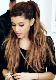 Ariana Grande Gorgeous Hairstyles for Teenage Girls