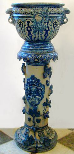 ANTIQUE,CACHEPOT ON PEDESTAL.