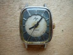 07.07./ Luch 1809 wrist watch for parts or restore. Movement runs. The axis of balance is not broken.Vostok Amphibia Seconda Zarya Slava