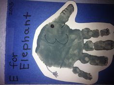 E for elephant handprint. Preschool Letter Crafts, Preschool Projects, Daycare Crafts, Letter A Crafts, Toddler Art, Toddler Crafts, Preschool Activities, Zoo Phonics, Phonics Books