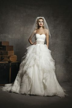 Love this gown, a little glimmer and amazing texture! Justin Alexander, Spring 2013   Style: 8640