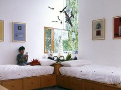 Such a cool bed arrangement!