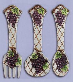 "GRAPE Large 17"" Spoon & Fork Wall Decor Set NEW KMC/KK-Grape,http://www.amazon.com/dp/B0027UUWE0/ref=cm_sw_r_pi_dp_y99ktb18XHCV9X1D"