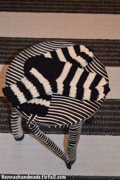 #zebra #stripes #wool #woolsocks #socks #knitting #crafts #blackandwhite #handmade #hannamarja #seepra #raitaa #musta #valkoinen #pelkkääraitaa #villasukat #villasukka #neuloosi #itetein ja kuvasin #neulominen #käsityöt