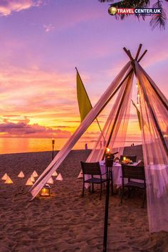 If it's a luxury beach day, think no more than Thailand. Khao Lak beach and the resort views offer the perfect settings for a luxury beach escape. #luxurybeach #resorts #thailand #khaolak #itsallabouttravel #travelcenteruk