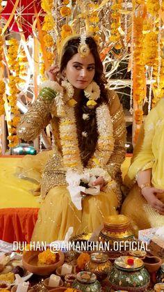 Pakistani Fashion Party Wear, Pakistani Wedding Outfits, Pakistani Wedding Dresses, Wedding Dresses For Girls, Bridal Outfits, Muslim Wedding Ceremony, Wedding Bride, Indian Wedding Photos, Indian Wedding Photography