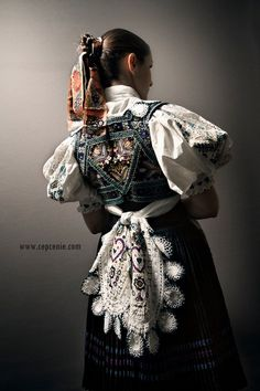 Ženský kroj, Ábelová, photo Julián Veverica Costumes Around The World, Folk Clothing, Folk Dance, Ethnic Outfits, Red Boots, Folk Costume, Textile Prints, Traditional Outfits, Folklore