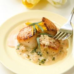 Scallops with balsamic vinegar and cream Recipe … – Shellfish Recipes Shellfish Recipes, Seafood Recipes, Cooking Recipes, Fruit Recipes, Vegetable Recipes, Saint Jacques Recipe, Coquille Saint Jacques, Macro Meals, Fruit Salsa