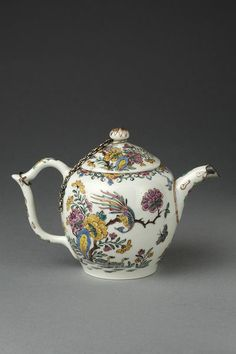 Teapot and cover | Meissen porcelain factory | V Search the Collections