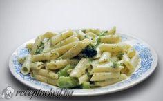Sajtos – brokkolis penne recept fotóval