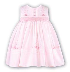 Smocks, Smock Dresses, Kids Clothes, Childrens Dresses, Childrens Clothes, Girls Clothes, Sundays Best, Cute Dresses, Little Girls, British, Best Dressed, Girls, Cute Babies, Babies, Little Princess, Princess