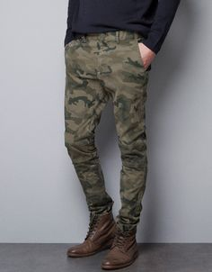 Heck yes! Loving the camo and boots! CAMOUFLAGE CHINOS - Trousers - Man - ZARA