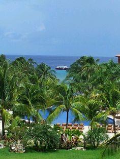 Roatan,  Honduras Infinity Bay Resort