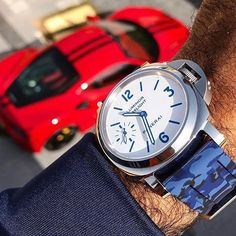 #mulpix Beautiful @panerai PAM786 on a @horusstraps camo Via @watchanish #luxury_manner #luxury #luxurylife #watch #watchanisch #luminor #panerai #PAM786 #strap #horus #horusstraps #camo #car #sportscar #ferrari #red #striping #speed