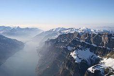 Le lac de Walenstadt (en allemand Walensee) est un lac suisse situé dans les cantons de Saint-Gall et de Glaris.