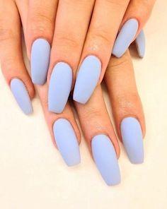 Women's nail trends, matte/nonshiny.