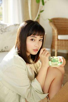 広瀬すず — gzbu: Suzu Hirose http://ift.tt/1UsKhqe