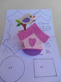 Porta bombom em Eva nos temas: Circo, Sininho e Jardim. Os créditos dos moldes estão nas imagens Paper Crafts Origami, Origami Art, Foam Crafts, Diy And Crafts, Cute Bears, Felt Art, Classroom Decor, Embroidery Patterns, Sewing Projects