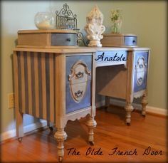 Annie Sloan Fredericksburg Chalk Paint Antique Vintage Painted Furniture Distressed Dark Wax Country Grey Napoleonic Blue Vanity $315